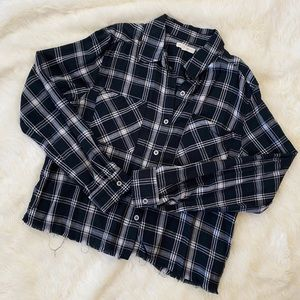 LA HEARTS Distressed Cropped Plaid Top